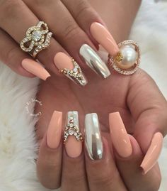 Love these coffin/ballet nails!) Love these coffin/ballet nails! Fabulous Nails, Gorgeous Nails, Pretty Nails, Hot Nails, Hair And Nails, Ballet Nails, Crome Nails, Nagel Bling, Uñas Fashion