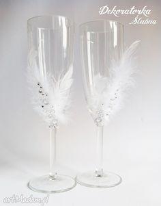 Kieliszki pary młodej piórka sztuki szampanówki dekoracje kryształki zestaw dwóch pięknie