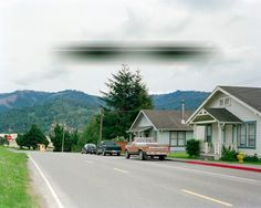 Distorted Photos Show the Alien Side of Suburban Life