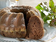 Mummin kakku - Kotiliesi.fi Baking Recipes, Cake Recipes, Dessert Recipes, Desserts, Finnish Recipes, Fruit Bread, Sweet Bakery, Sweet Pastries, Fat Foods