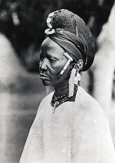 Africa | Fulani (Peulh) woman.  Fada N'Gourma, Niger.  1947 | ©G. Labitte.