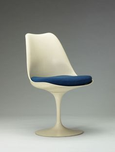Eero Saarinen: Shaping the Future is the first major exhibition to examine the architect's wide-ranging career from the through the early Modern Furniture, Furniture Design, Tulip Chair, Industrial Design Sketch, Eero Saarinen, Googie, Take A Seat, Love Design, Mid Century Furniture