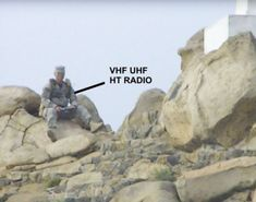 Militia radio operator on hilltop position at a 2014 California rally action Portable Ham Radio, Survival Skills, Survival Stuff, Radio Frequency, Mount Rushmore, Helpful Hints, The Past, Rally, America