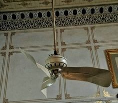 """Not just the weapons, but there are other things in this palace to have the distinction of being first in the country. Like a fan, seems very insignificant but this British manufactured fan is the first to come to India and installed in the courtroom of Maharaja. The fan has twisted fins that was the trademark of European manufacturing and in India the Junagarh palace was first to have """"fans"""" installed, speaking of electricity to run them, these are battery operated fans and their batteries…"""