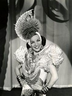 Carmen Miranda hat, kinda reminds me of an anemone.