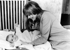 Marianne Faithfull with her son Nicholas, 1966 You Never Can Tell, Anita Pallenberg, Marianne Faithfull, Female Singers, Mothers Love, The Beatles, Style Ideas, Girls, Nostalgia
