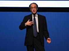 Google Futurist Ray Kurzweil thinks we'll all be cyborgs by 2030