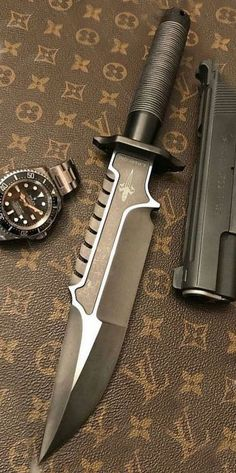 Marfione Custom Knives Interceptor Survival Knife BladeYou can find Survival knife and more on our website. Cool Knives, Knives And Swords, Survival Tools, Survival Knife, Survival Equipment, Armadura Cosplay, Combat Knives, Fantasy Weapons, Weapons Guns