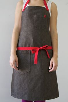 Image of Dicker Brown, Hendley Bennett apron