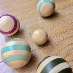 Boules en bois pour enfants Eggs, Boutique, Breakfast, Food, Children, Morning Coffee, Essen, Egg, Meals