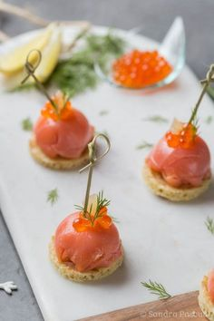 Festive aperitif: Domes of smoked salmon with fresh cheese and fennel , Appetizer Recipes, Appetizers, Ricardo Recipe, Party Finger Foods, Smoked Salmon, Culinary Arts, Goat Cheese, Clean Eating Snacks, Food Inspiration