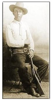 "Francis Augustus Hamer ""Frank"" 1884-1955. Joined Texas Rangers in 1906. In 1908 he resigned from the Rangers and became City Marshal of Navasota, Texas, only to rejoin the Rangers in 1915."