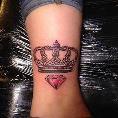 Crown Tattoo is a meaningful design that is fit for all sexes. See our 80 Crown Tattoo Designs with images and symbolic crown tattoo ideas for queen, king, princess, and more royalty-inspired crown tattoos for men and women. Crown Tattoos For Women, Crown Tattoo Men, Queen Crown Tattoo, Small Crown Tattoo, Crown Tattoo Design, Tattoos For Guys, Princess Crown Tattoos, Princess Tattoo, Diamond Tattoo Designs