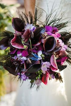 Dramatic purple wedding bouquet {Photo by Nadia D Photography via Project Wedding}