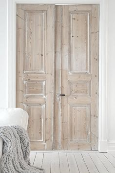 Interior Doors... Via shabbyℯchic.ℓife