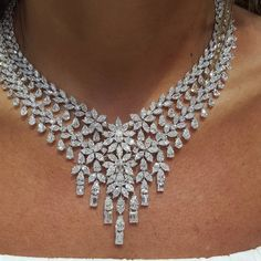 bridal sets & bridesmaid jewelry sets – a complete bridal look Pandora Jewelry, Jewelry Necklaces, Diamond Necklaces, Diamond Jewelry, Vintage Costume Jewelry, Vintage Jewelry, Saphir Rose, 4 Diamonds, Bridesmaid Jewelry Sets