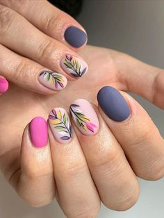 When it comes to spring nail designs, we always want to add the seasonal touch into the design to say goodbye to the cold winter. Warm weather, colorful blooms all make the nail colors gentle and seas Flower Nail Designs, Best Nail Art Designs, Nail Designs Spring, Popular Nail Designs, Flower Nail Art, Spring Nail Art, Spring Nail Colors, Spring Nails, Summer Nails