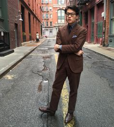 http://chicerman.com  thearmoury:  Mark in his #tailorcaid cotton twill suit. Brown is pretty underrated right?! (at The Armoury New York)  #menshoes