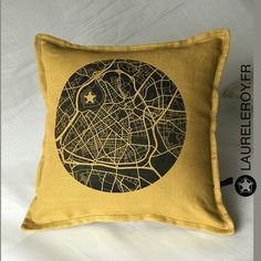 LaureleroyBoutique coussin en lin 100% fait en France https://www.etsy.com/fr/shop/LAURELEROYBoutique?ref=search_shop_redirect #laureleroy #lille #nord #creationtextile #faitenfrance #ateliercouture #madeinfrance #faitmain #couture #decoration #salon #decosalon #decomaison #bureau #decorationchambre #coussin #hautsdefrance #lillemaville #souvenirdelille #lilledesign #designlille #saclin #torchon #coussin #tabouret