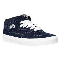 VANS Half Cab navy blue mid shoes 79,00 € #vans #vansoffthewall #vansotw #vansshoes #vansshoe #shoes #shoe #chaussure #chaussures #vansstore #vansshop #skate #skateboard #skateboarding #streetshop #skateshop @PLAY Skateshop