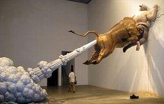 Golden Bull Fart Sculpture - Chen Wenling
