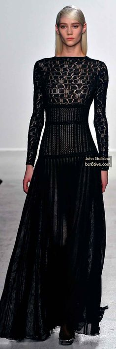 The Best Gowns of Fall 2014 Fashion Week International. From the Runways of our Favorite Designers in New York, Paris, Milan, Madrid, Berlin - 6 Couture Fashion, Runway Fashion, Fashion Beauty, Dark Fashion, High Fashion, Jhon Galliano, Elie Saab, Marchesa, Best Gowns