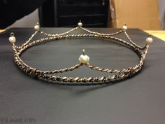 Wire Jewelry, Jewelry Art, Jewelery, Diy Tiara, Wire Crown, Wire Wrapping Crystals, Magical Jewelry, Royal Jewels, Crown Jewels