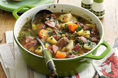Begw's Welsh Cawl (Soup)- Perhaps a national dish of Wales because it uses fantastic (and famously) Welsh ingredients – lamb and leeks. Welsh Recipes, British Recipes, English Recipes, Scottish Recipes, Welsh Cawl, Soup Recipes, Cooking Recipes, British Dishes, Wales