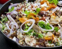 Poêlée healthy de quinoa à l'ail, persil et champignons : http://www.fourchette-et-bikini.fr/recettes/recettes-minceur/poelee-healthy-de-quinoa-a-lail-persil-et-champignons.html