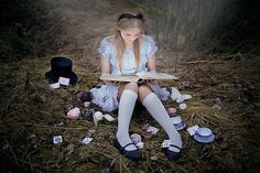 alice in wonderland photoshoot | Via Michaela Healey