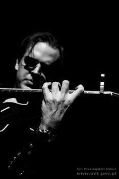 Joe Bonamassa- One of the best guitarists I have ever seen