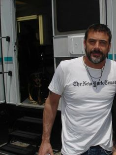 Jeffrey Dean Morgan. Yes, I know this board isn't for my celebrity crushes. I regret nothing at all.