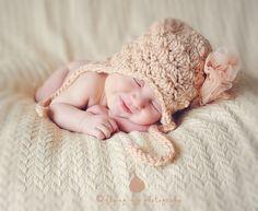 Newborn photography - Newborn Poses Newborn portrait session #crochet hats #photography