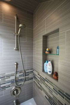 Contemporary Full Bathroom with Recessed shower niche, Ceramic shower tile, Handheld showerhead