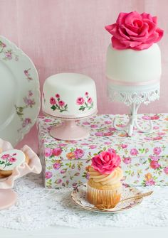 Lulu's Sweet Secrets: Mini Dessert Table