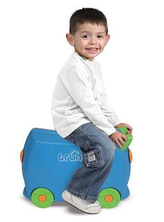 Traveling with Terrance will make family vacations and neighborhood sleepovers more of an adventure! The perfect size, this suitcase is packed with features and has room for lots of travel-friendly activities. Terrance will become your childs favorite ride-on travel companion.