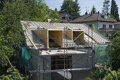 Gebäudemodernisierung schrittweise planen und richtig finanzieren mit dem Sanierungsfahrplan. Bei der energetischen Sanierung spielt die Dämmung eine große Rolle, denn über eine unzureichend gedämmte oder undichte Gebäudehülle, also über Dächer, Wände, Böden, Fenster und Türen geht ein Großteil der Energie für Raumwärme verloren. Energiewende, Sanieren, Renovieren, Altbau, Dach, Dämmung, EnEV, Wärmedämmung, PU, Polyurethan, Dämmstoff, Dachsanierung, Dachgauben, Gauben, IVPU, PUonline