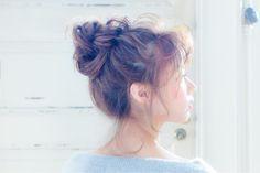 いつものコーデにプラスしたい!セミロングの簡単可愛いヘアレンジ10選 | HAIR