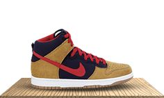 huge selection of 170cd 0caad NIKE SB DUNK HIGH PREMIUM Un-Papa Bears Dark ObsidianVarsity Red colors  by Reese Forbes