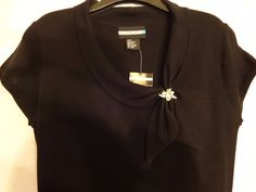 BLACK DRESS SWEATER Collar with Silver Broach Size Large L Short Sleeves Acrylic #Revelation #Collared #Broach