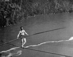 blondin-tight-rope-walker-cross-niagara-falls