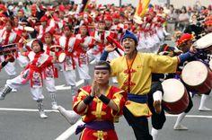 沖縄エイサー - Koji Sasahara/ASSOCIATED PRESS/AP Images