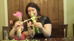 How to make a corn husk doll. Art Activities For Kids, Autumn Activities, Art For Kids, Canadian History, American History, Fall Crafts, Crafts For Kids, Corn Husk Dolls, Educational Crafts