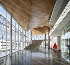 Gallery of Maison des Étudiants de l'ÉTS / Menkès Shooner Letourneaux Architectes - 4