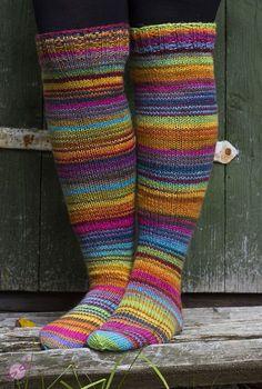 syksysukat2 Wool Socks, Knitting Socks, Leg Warmers, Mittens, Tatting, Knitting Patterns, Knit Crochet, Underwear, Socks