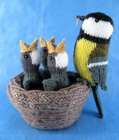 Alan Dart Knitting Pattern: Nest of Birds Simply Knitting Mag Issue 119