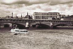 London 60's Style by Enea H. Medas  on 500px
