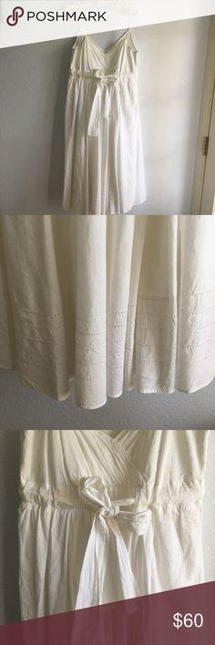 Diane Von Furstenberg white dress Diane Von Furstenberg white cotton dress with tie waist. Soft and elegant. Worn once or twice in excellent condition. Diane Von Furstenberg Dresses Midi