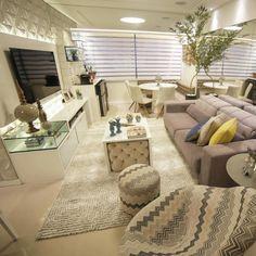 E por falar em espaços integrados...  Amei! Projeto Carol Gonçalves  www.homeidea.com.br  Face: /homeidea  Pinterest: Home Idea #homeidea #arquitetura #ambiente #archdecor #archdesign #projeto #homestyle #home #homedecor #pontodecor #homedesign #photooftheday #interiordesign #interiores #picoftheday #decoration #revestimento  #decoracao #architecture #archdaily #inspiration #project #espacosintegrados #home #casa #grupodecordigital