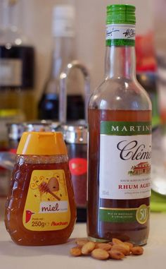 Rhum arrangé Amande Miel - Expolore the best and the special ideas about Martinis Party Drinks, Sangria, Milkshake, Hot Sauce Bottles, Decir No, Smoothies, Sweets, Restaurant, Eat